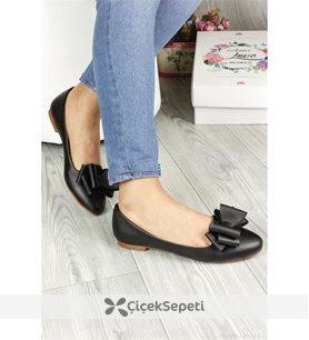 Siyah Renk Zımba Detaylı Bayan Günlük Ayakkabı 5839