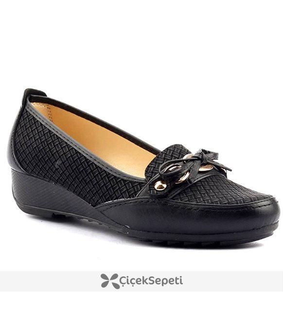 Wanetti Siyah Dolgu Topuk Kadın Ayakkabı